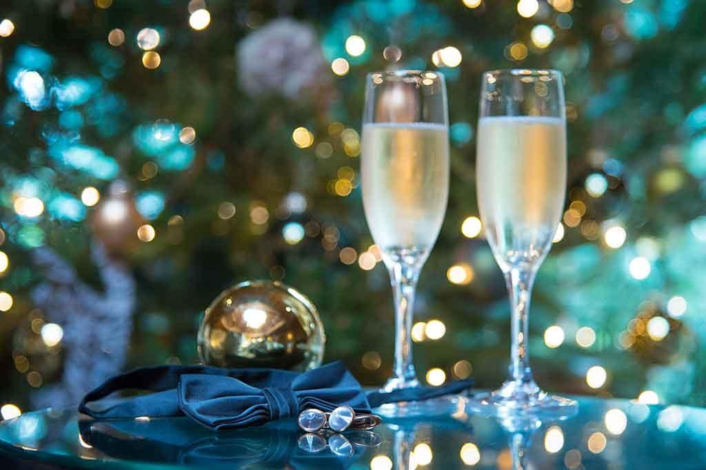 Christmas Ball Sheene Mill
